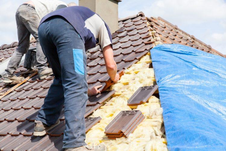 Rénover une toiture: les étapes à suivre